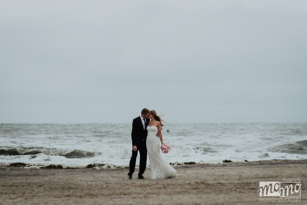 zdjęcia ze ślubu na plaży