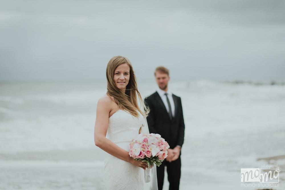 sesja ślubna nad morzem Justyny i Darka