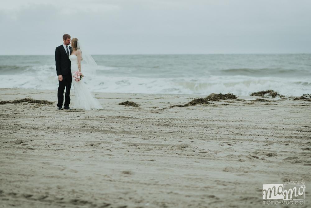 fotografia ślubna nad morzem